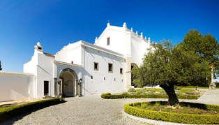 Convento do Espinheiro, Portugal