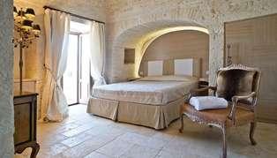 Le Alcove room