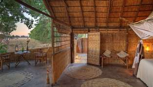 luwi bush camp bedroom and terrace_314_179