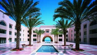 Shangri-La Al Husn Resort & Spa, Oman