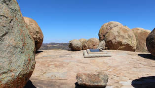 cecil rhodes' final resting place_314_179