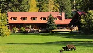 Tweedsmuir Park Lodge, British Columbia, Canada