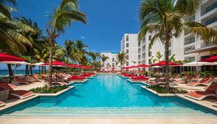 S Hotel Jamaica, Jamaica