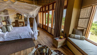 Kyambura Gorge Lodge, Uganda